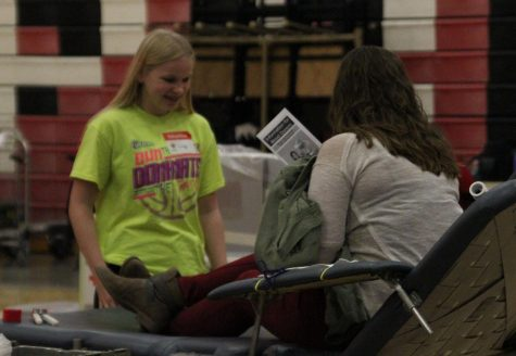 Honor Society Hosts Blood Drive