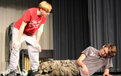 Students prepare for new Fall Play