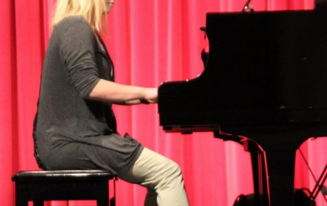 High school pianists compete at festival