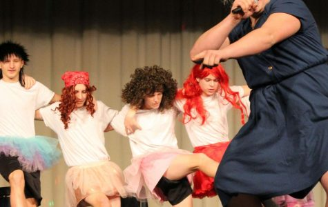 Classes battle for first in lip sync competition